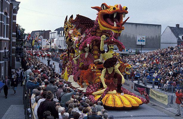 парад 1995 г.