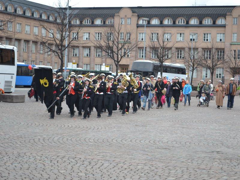 уличный оркестр